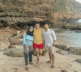 Feel like a private beach @Butuh Beach, with SEP from ANEPF France, Summer SEP 2019